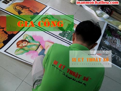Gia công hoàn thiện sản phẩm tại Công ty TNHH In Kỹ Thuật Số - Digital Printing
